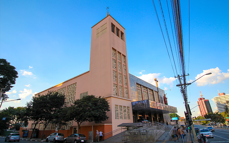 Igreja-no-bairro-Jabaquara