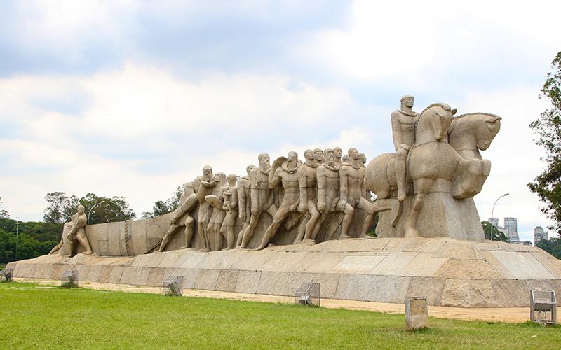 estatua-ibirapuera